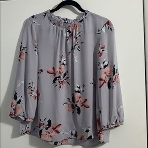 Elle size Medium blouse NWOT